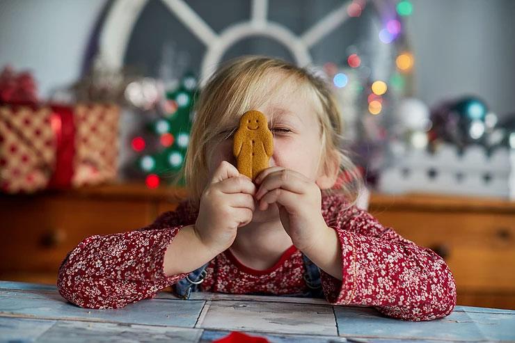 Joulu kaikilla aisteilla. Oppilas ja pipari.